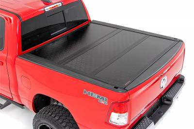 Rough Country - Rough Country 47320550 Hard Tri-Fold Tonneau Bed Cover - Image 1